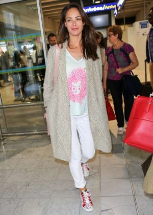 Berenice Bejo Arrives at Nice Airport in Cannes