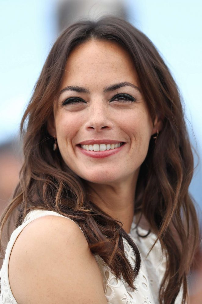 Berenice Bejo: Redoutable Photocall at 70th Cannes Film Festival -04