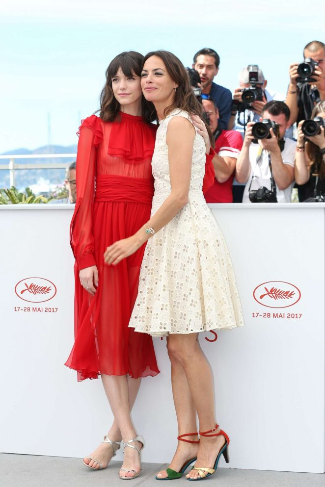 Berenice Bejo: Redoutable Photocall at 70th Cannes Film Festival -05