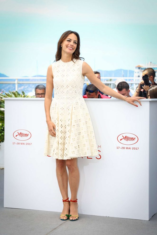 Berenice Bejo - 'Redoutable' Photocall at 70th Cannes Film Festival