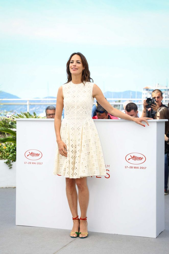 Berenice Bejo: Redoutable Photocall at 70th Cannes Film Festival -08