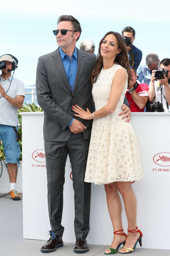 Berenice Bejo: Redoutable Photocall at 70th Cannes Film Festival -16