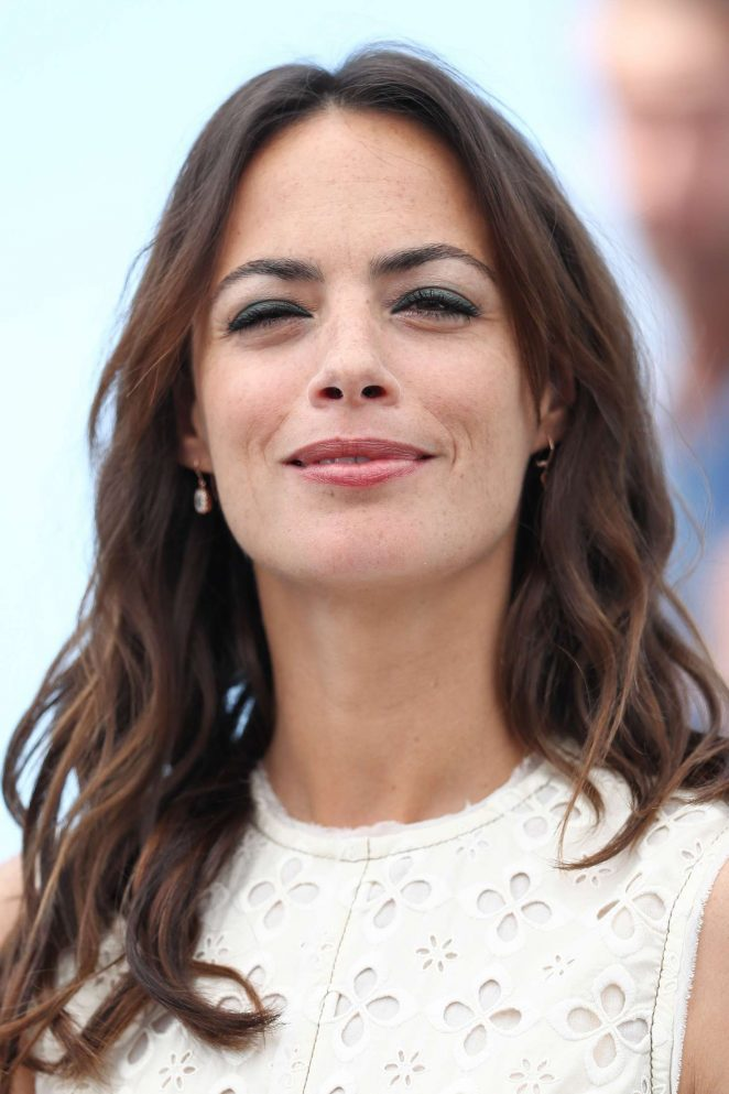 Berenice Bejo: Redoutable Photocall at 70th Cannes Film Festival -20