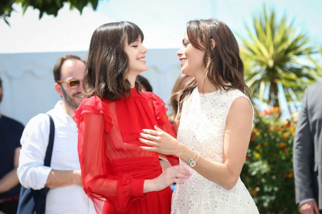 Berenice Bejo: Redoutable Photocall at 70th Cannes Film Festival -26