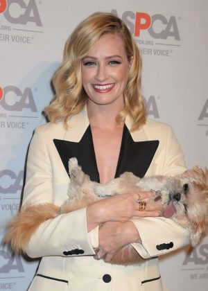 Beth Behrs - The ASPCA'S Benefit Gala in Los Angeles