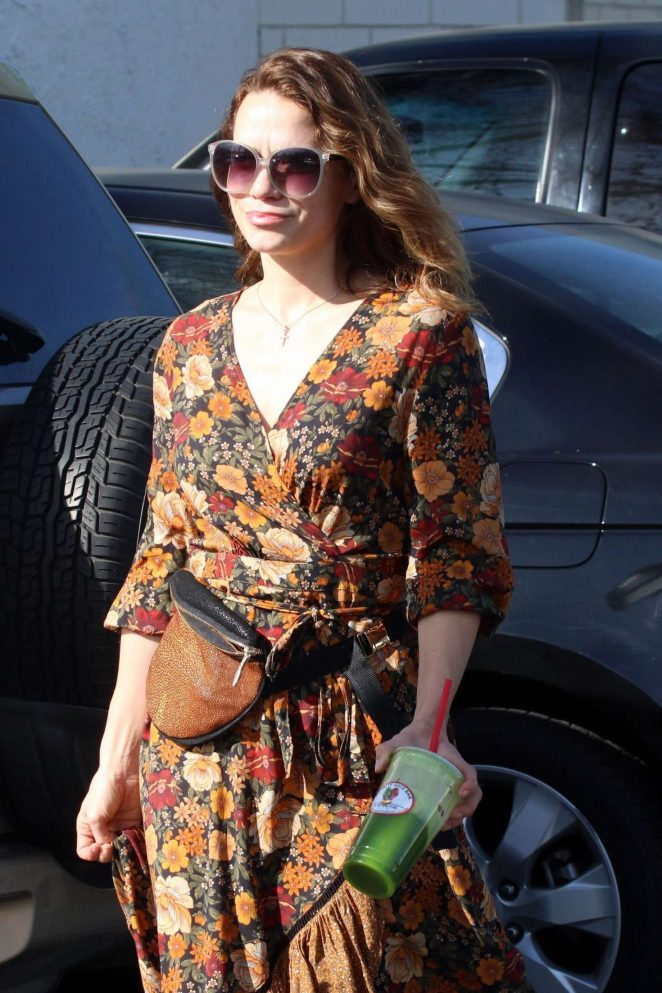 Bethany Joy Lenz out for lunch in Studio City