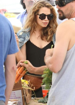 Bethany Joy Lenz - Shopping at the farmers market in Studio City