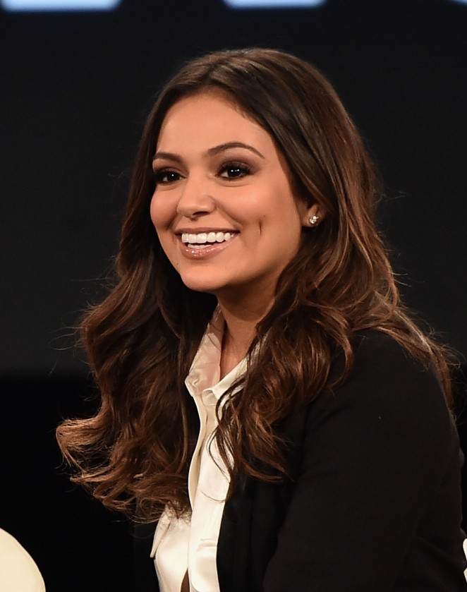 Bethany Mota: 2016 MAKERS Conference -04