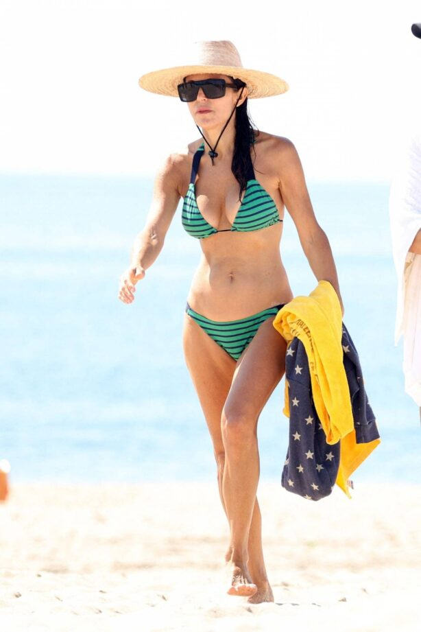 Bethenny Frankel - In a bikini at Sag Harbor Beach in The Hamptons