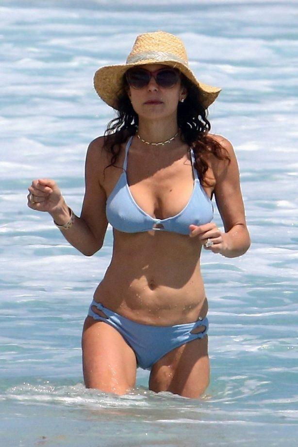 Bethenny Frankel - In a bikini in Boca Raton