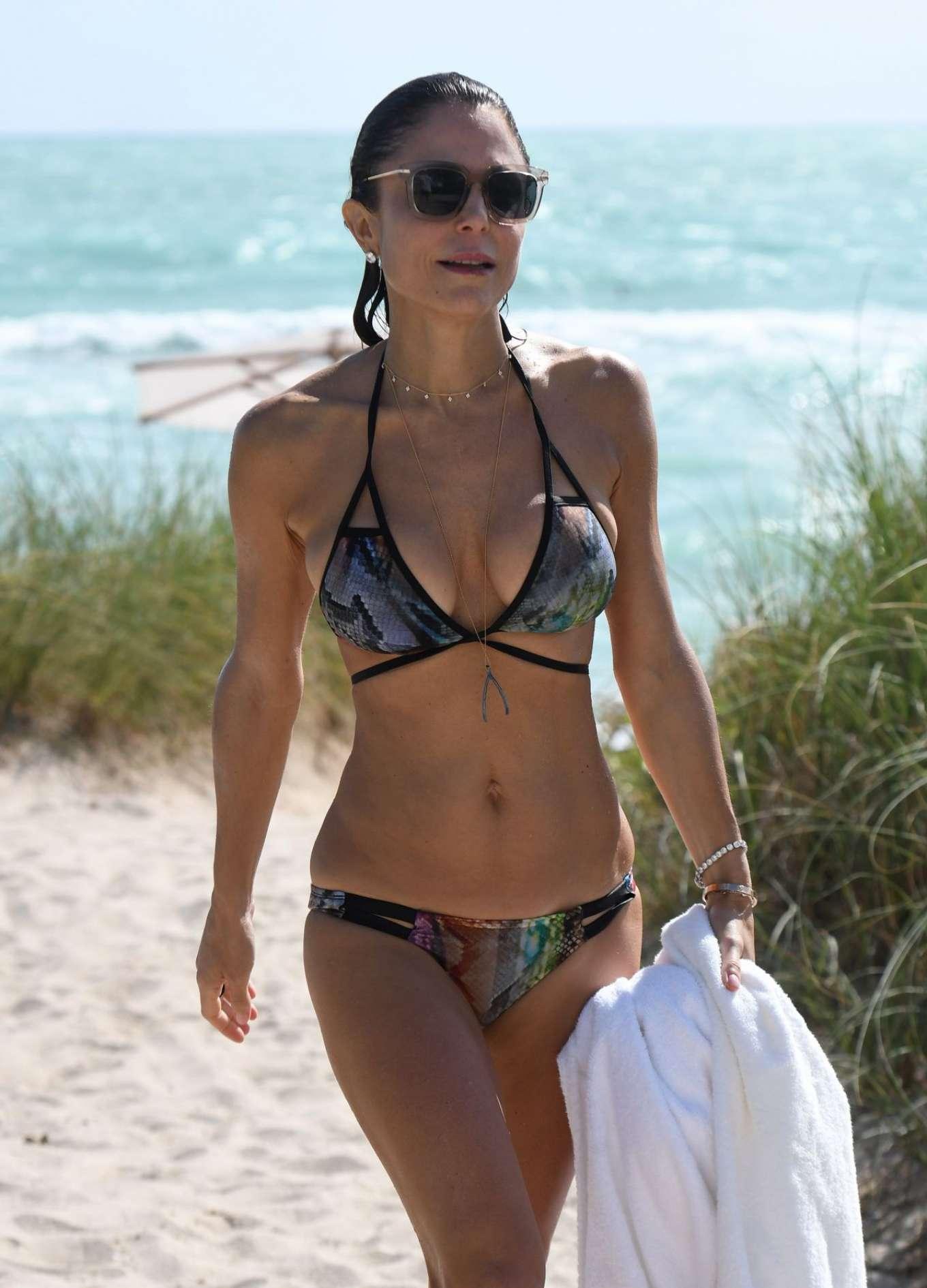 Bethenny Frankel in Bikini on the Beach in Miami