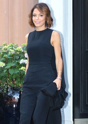 Bethenny Frankel in Black out in New York