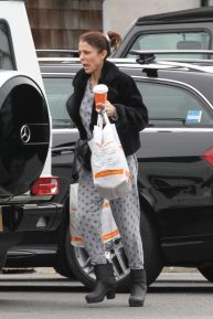 Bethenny Frankel in Her Pajamas - Out For Coffee in The Hamptons