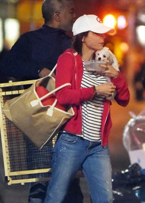 Bethenny Frankel in Jeans out in New York