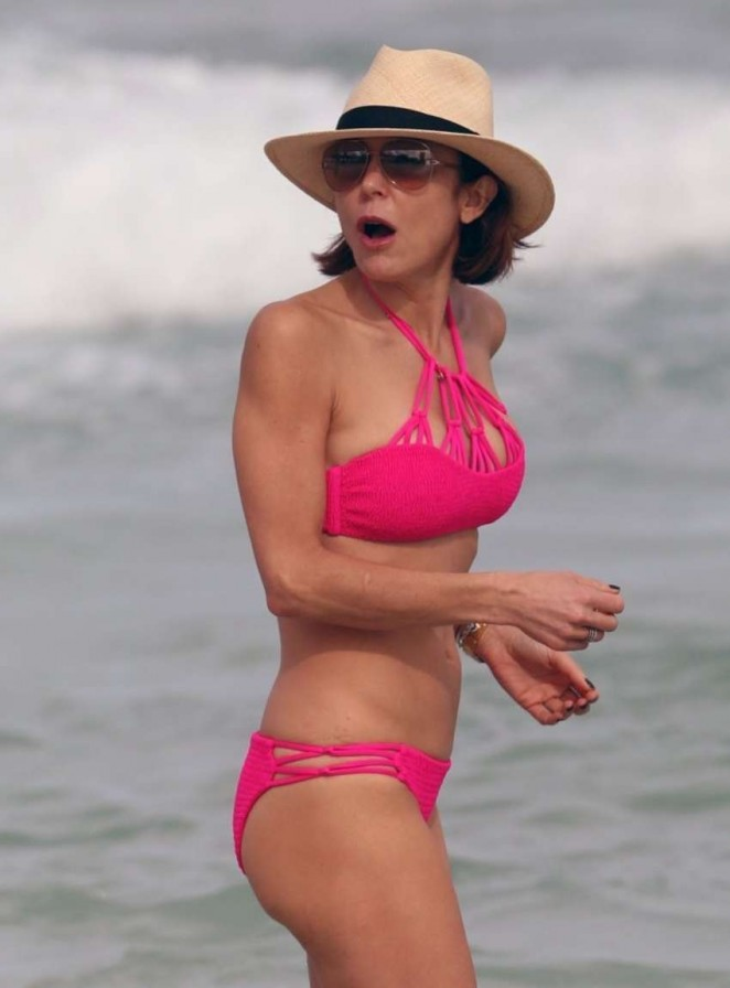 Bethenny Frankel in Pink Bikini in Miami