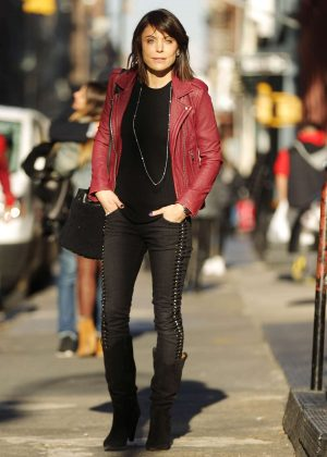Bethenny Frankel - Leaving her Soho Apartment in New York