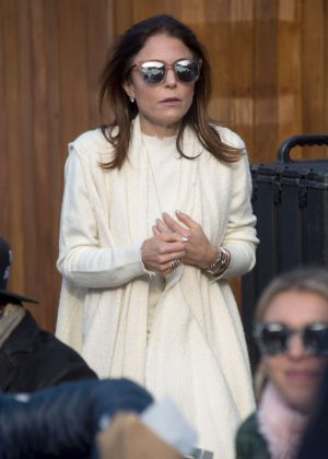 Bethenny Frankel - Shopping in Aspen