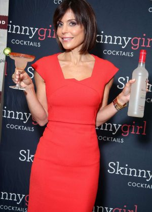 Bethenny Frankel - 'Skinny Girl' Cocktails Promotion in Philadelphia