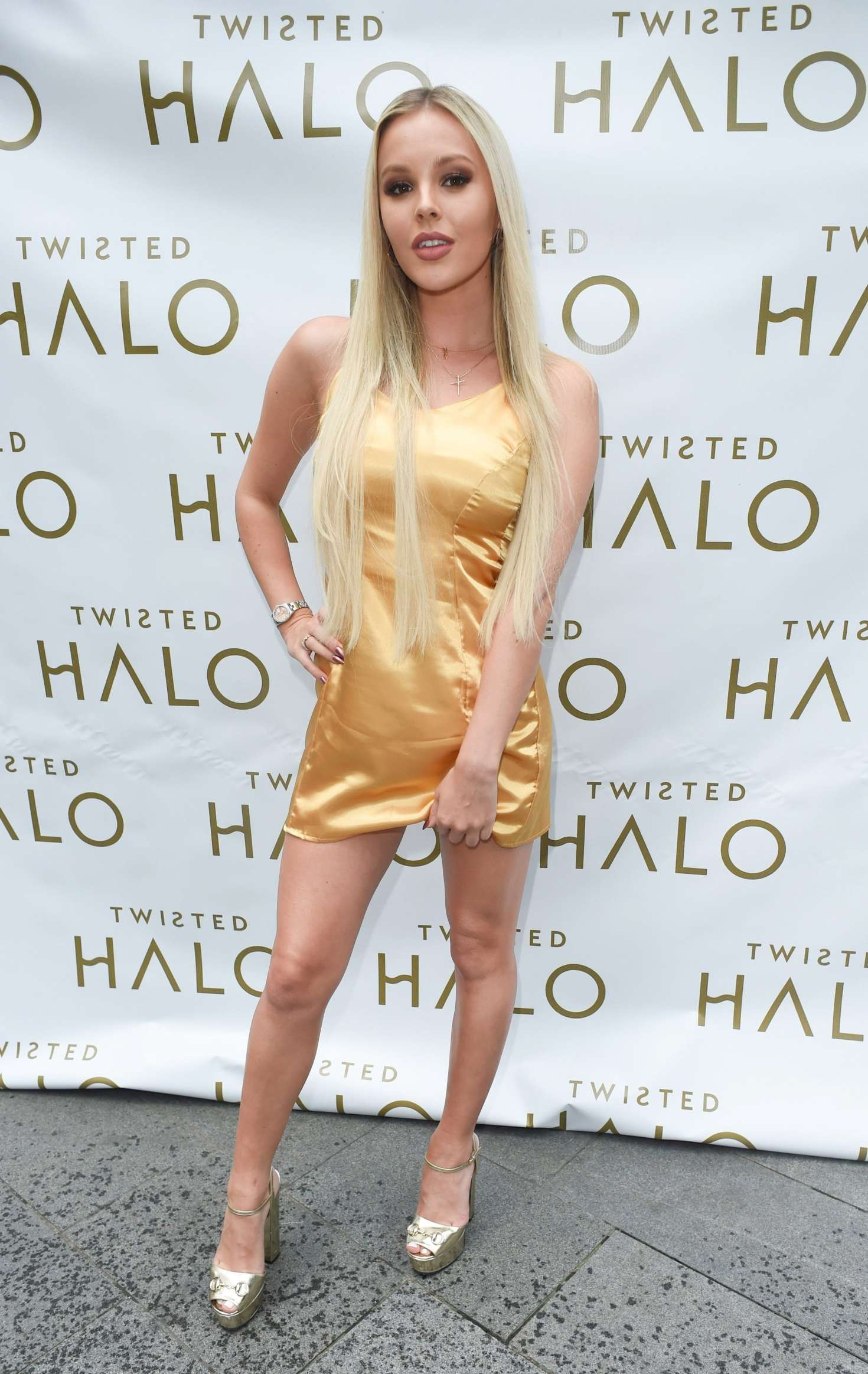 Betsy blue english launch of twisted halo at australasia restaurant in manchester uk