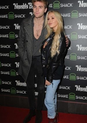 Betsy Blue English - Naughty Boy x Shake Shack Burger Event in London