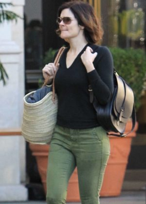Betsy Brandt - Shopping in Hollywood