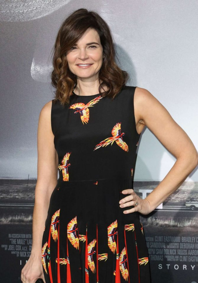 Betsy Brandt - 'The Mule' Premiere in Los Angeles