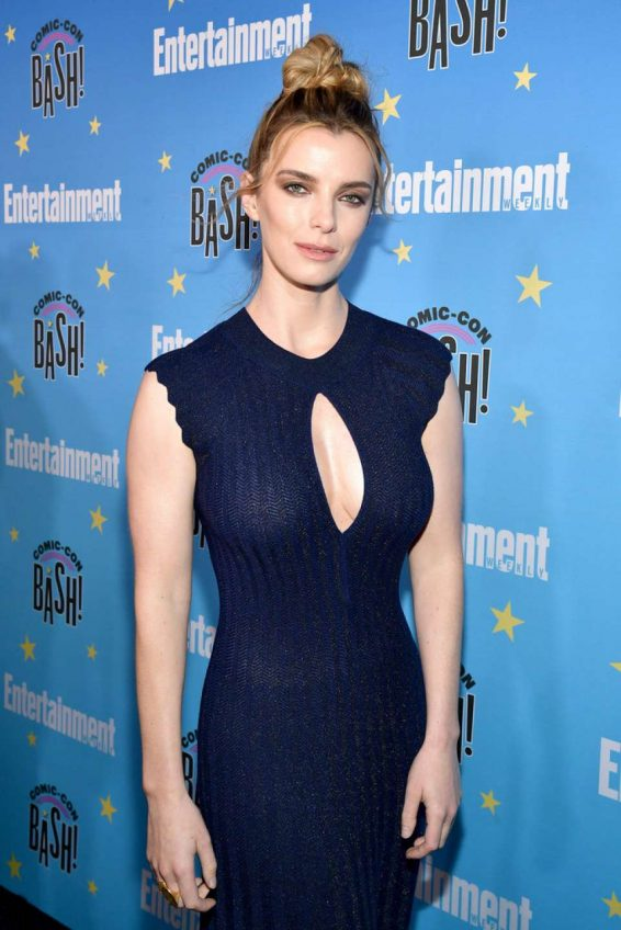 Betty Gilpin - 2019 Entertainment Weekly Comic Con Party in San Diego
