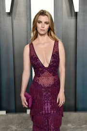 Betty Gilpin - 2020 Vanity Fair Oscar Party in Beverly Hills