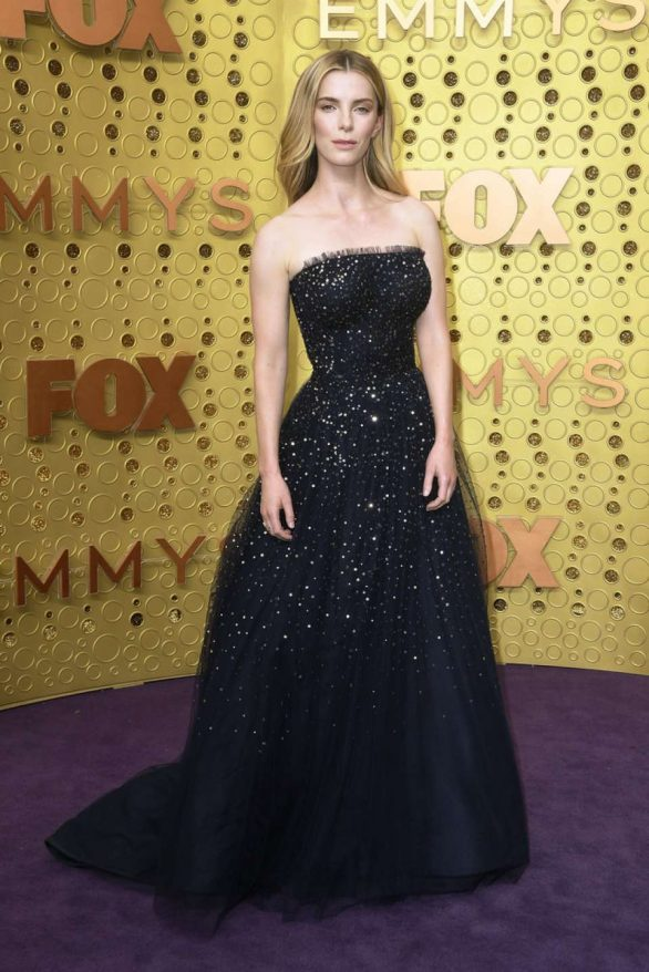 Betty Gilpin - 2019 Emmy Awards in Los Angeles