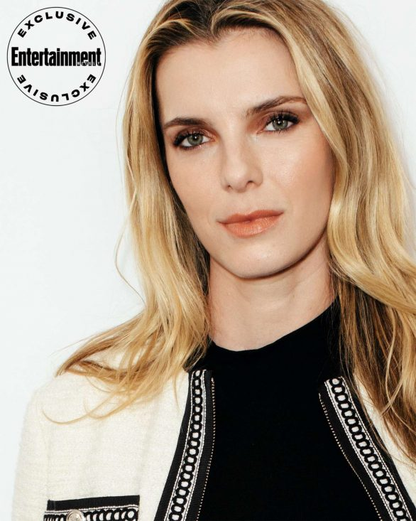 Betty Gilpin - Entertainment Weekly New York Comic Con Portraits (October 2019)