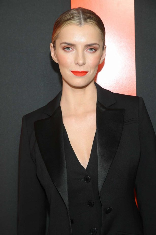 Betty Gilpin in black outfit at Universal Pictures 'The Hunt' premiere in Hollywood
