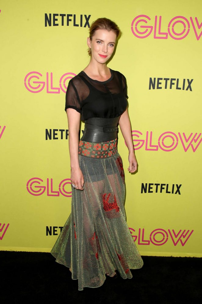 Betty Gilpin - Netflix 'Glow' Roller Skating Event in Los Angeles