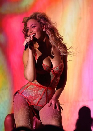 Beyonce - 2015 Budweiser Made in America Festival in Philadelphia