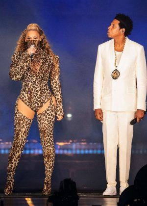 Beyonce and Jay-Z - Performs on The Run II Tour in Copenhagen