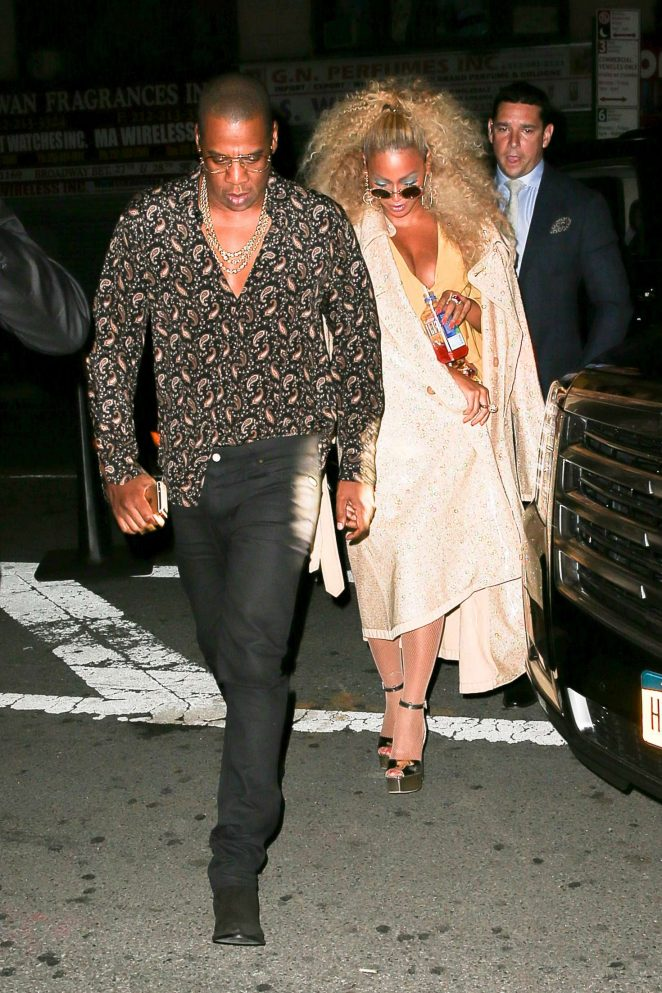fb31d14189c Beyonce Arriving at her birthday party -02 - GotCeleb