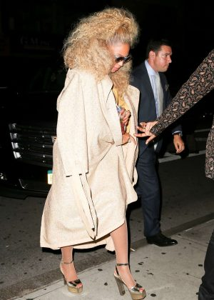Beyonce Arriving at her birthday party in NYC