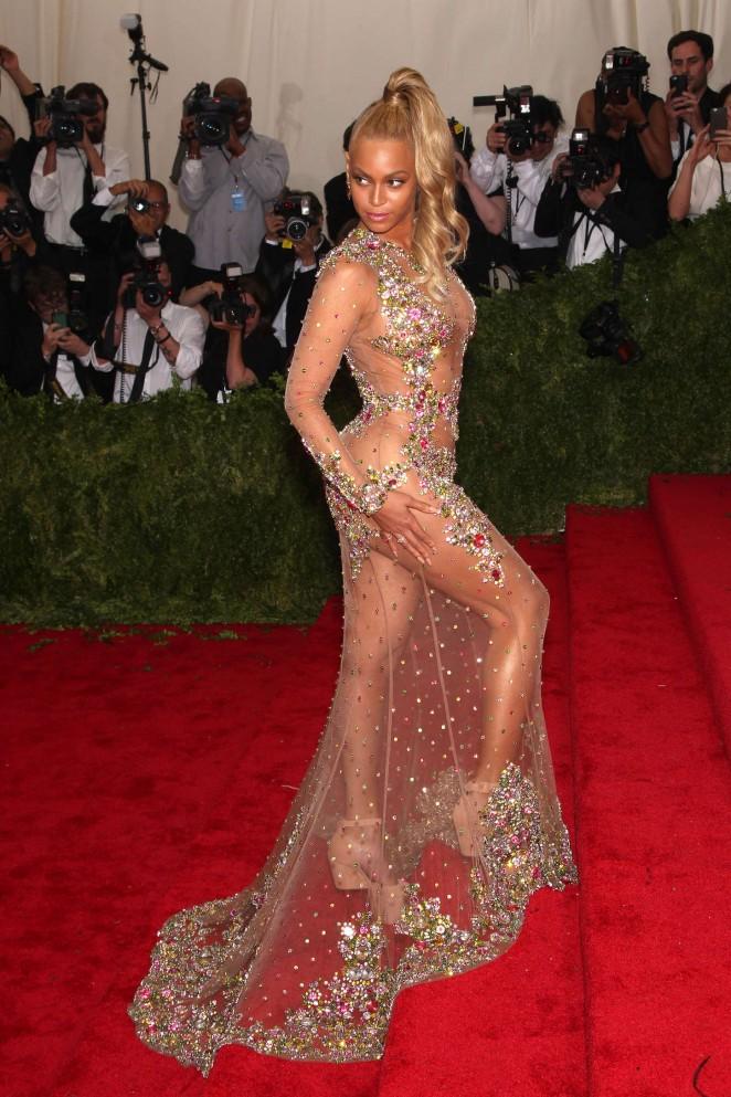 Beyonce: MET Gala 2015 -17