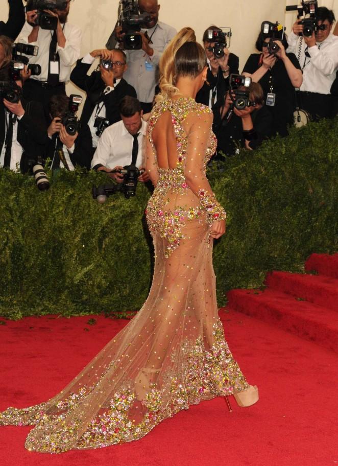 Beyonce: MET Gala 2015 -22