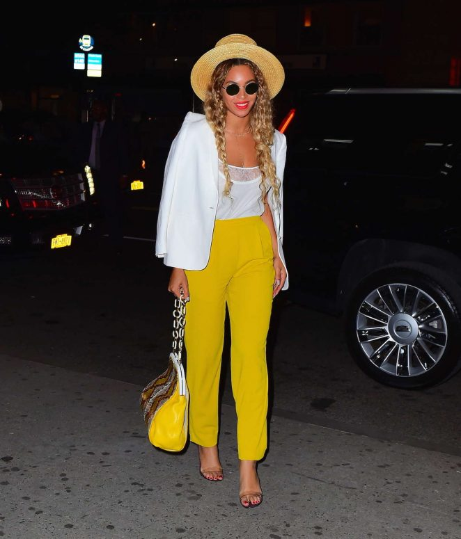 Beyonce in Yellow Pants -21