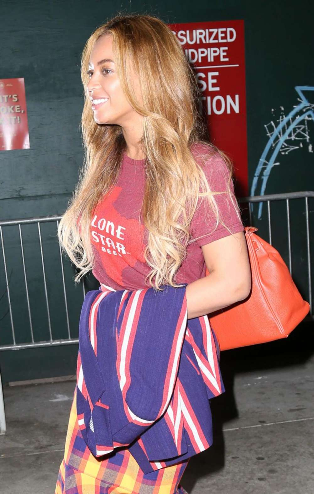 Beyonce Knowles 2015 : Beyonce Knowles out in NYC -02