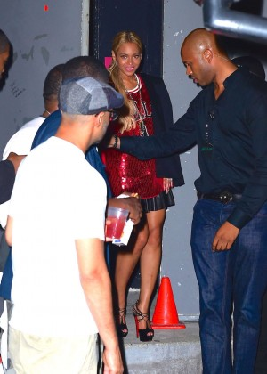 Beyonce in Red Mini Dress -14