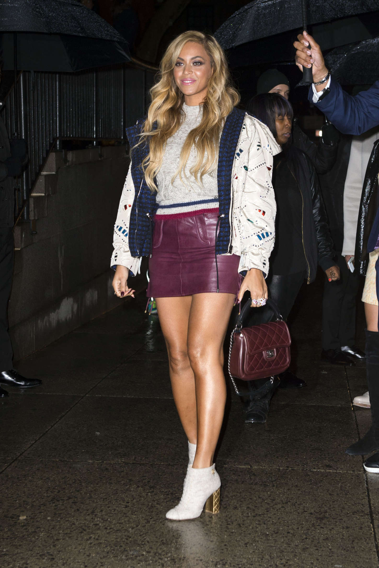 Beyonce in Leather Min...
