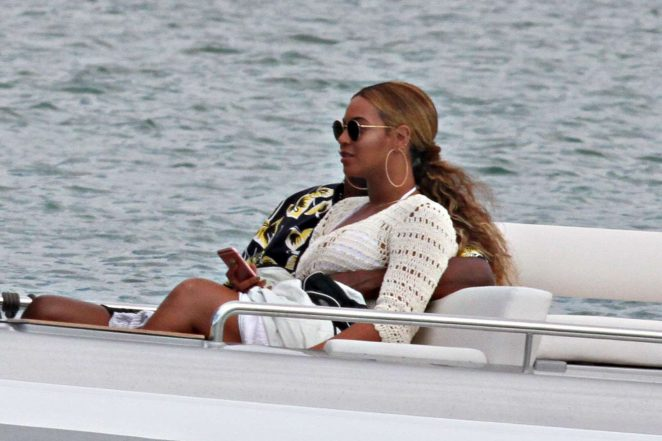 Beyonce on a yacht in Sardinia