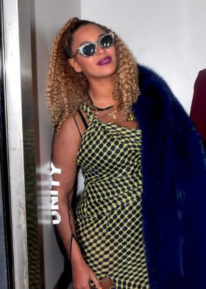 Beyonce - Out in New York City