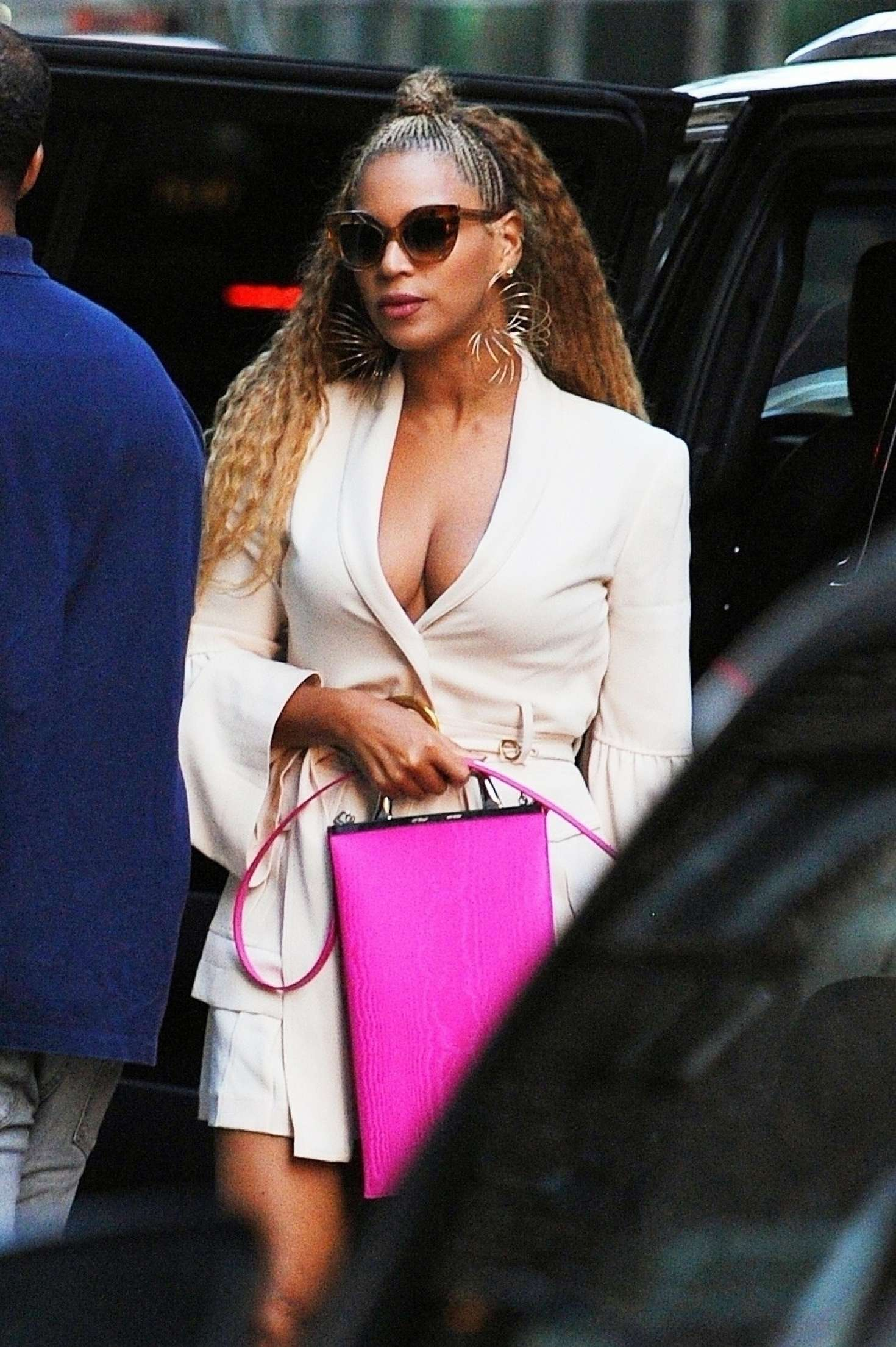 Beyonce – Out in New York