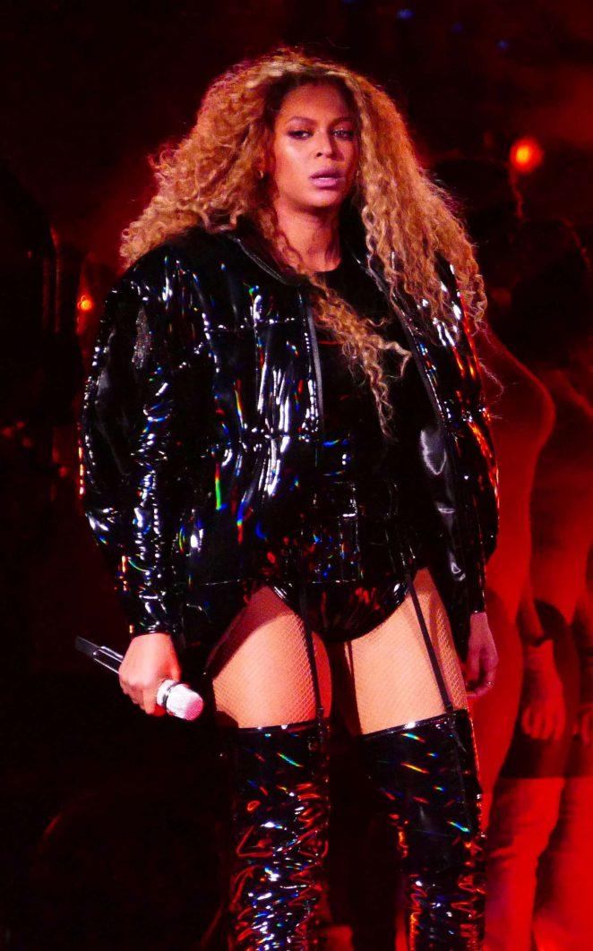 Beyonce - Performs 2018 Coachella Weekend 2 in Indio