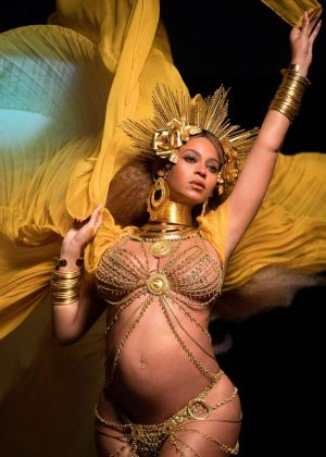 Beyonce - Performs at 59th GRAMMY Awards in Los Angeles