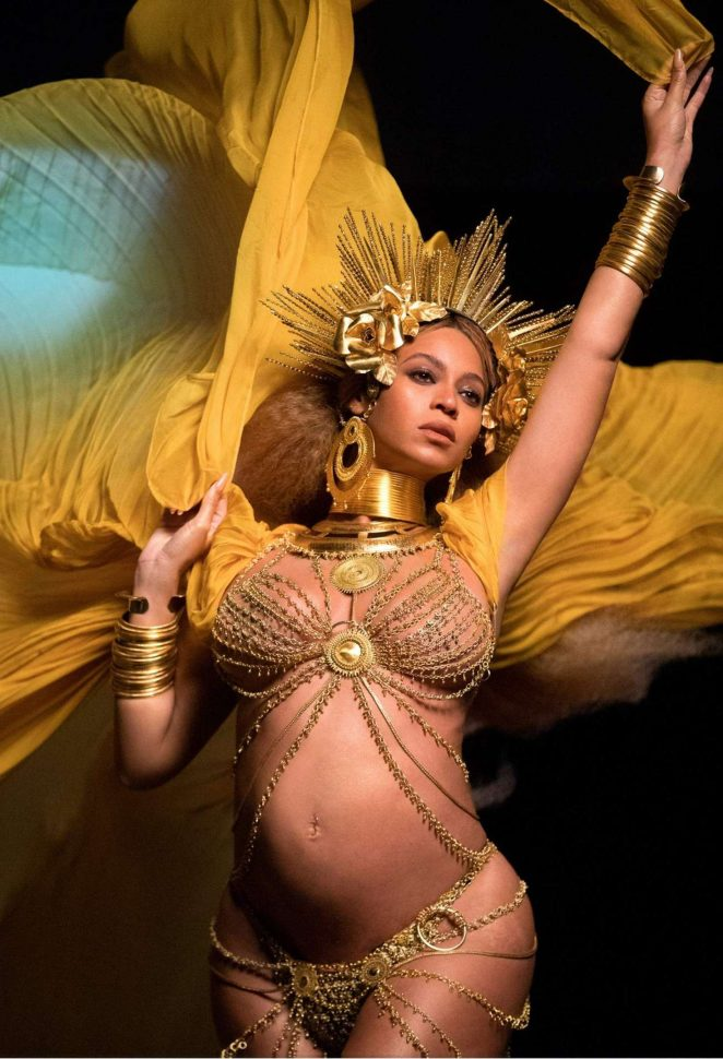 Beyonce – Performs at 59th GRAMMY Awards in Los Angeles