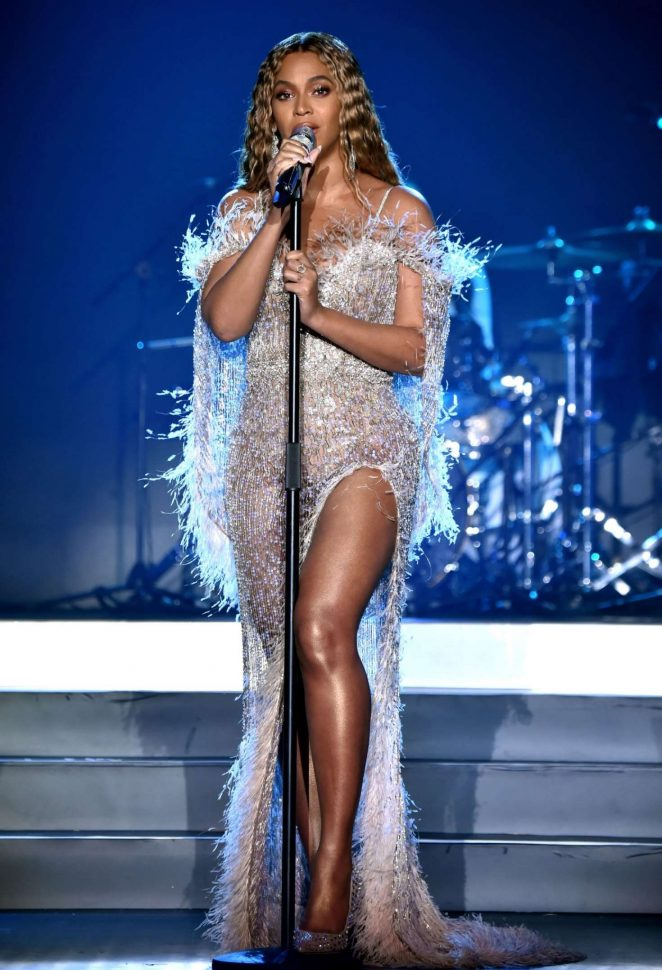 Beyonce – Performs at City of Hope Gala 2018 in Los Angeles