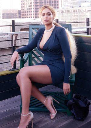 Beyonce - Photoshoot at Serena Williams Wedding